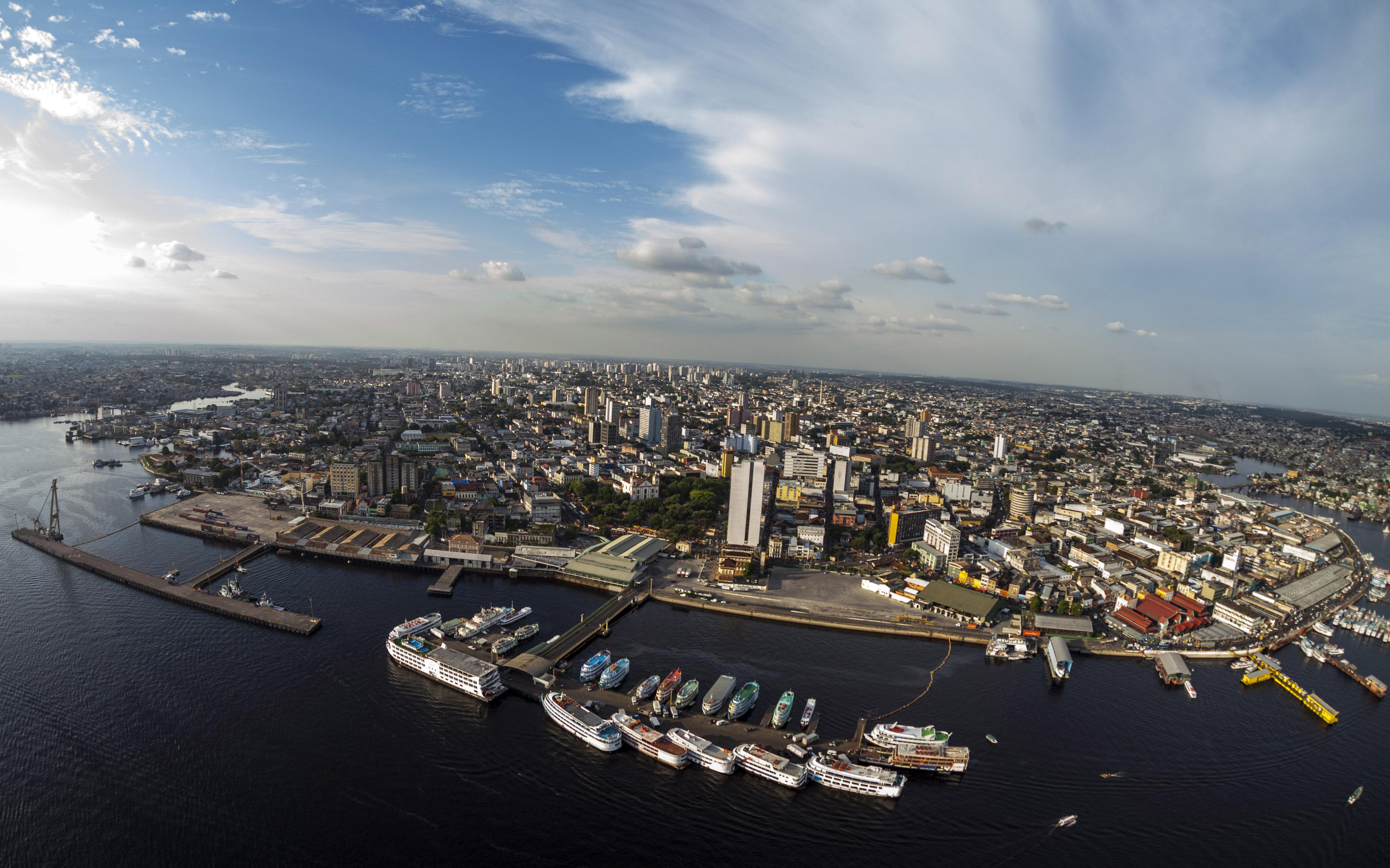 Découvrez la ville de Manaus située au cœur de l'Amazonie au Brésil