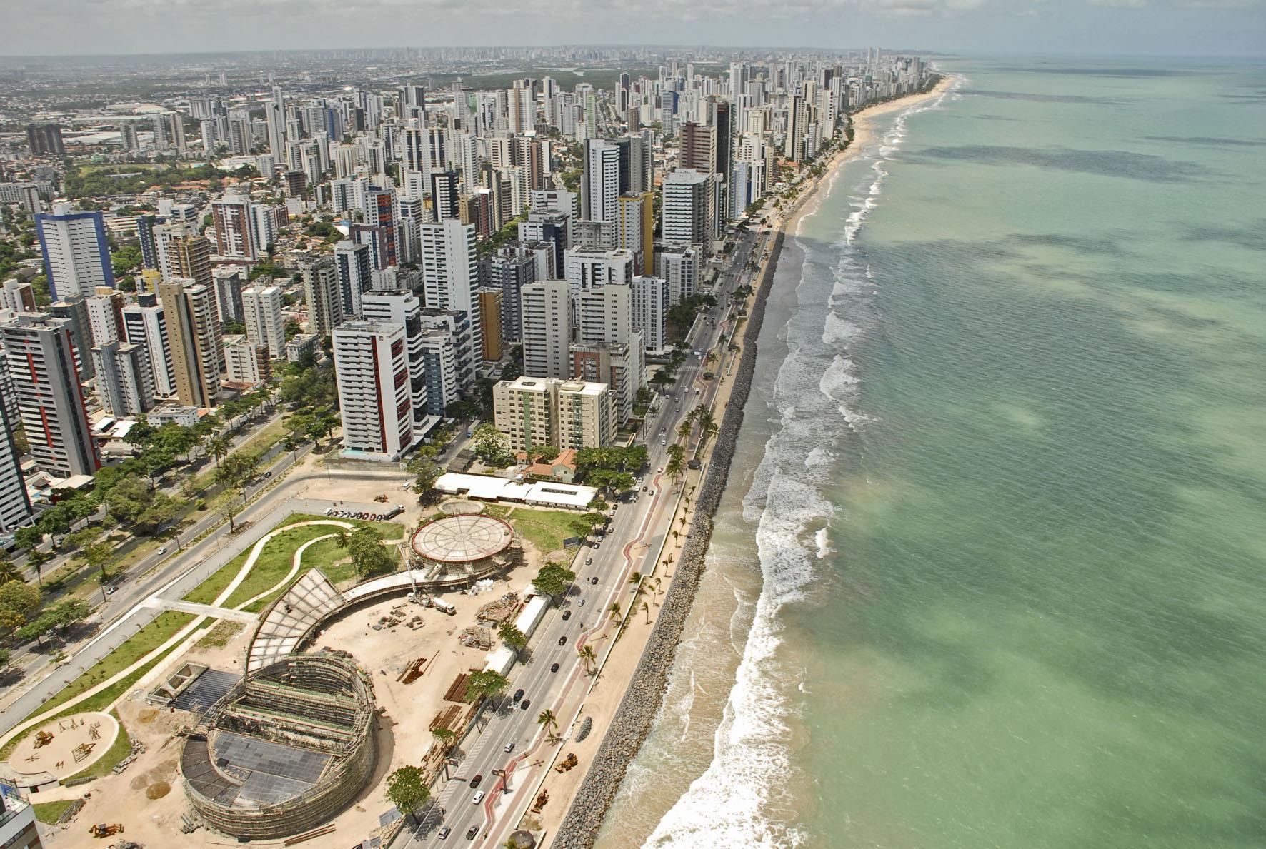 Découvrez la ville de Recife dans la région Nord-Est, surnommée la Venise Brésilienne