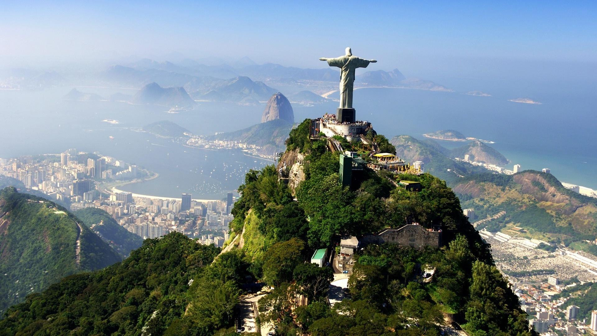 Découvrez la ville de Rio de Janeiro et sa statue du Christ Rédempteur au Brésil